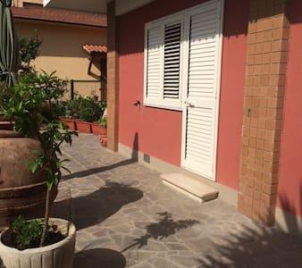 appartamento piano terra  ,cascina (PI) - Apartment