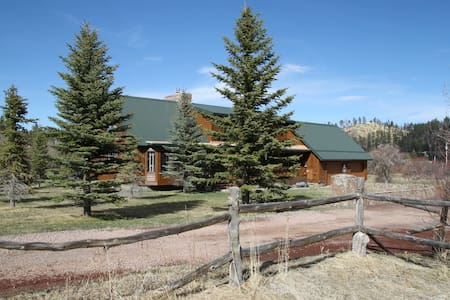 Fishing Lodge Cabin - Greer - Kulübe