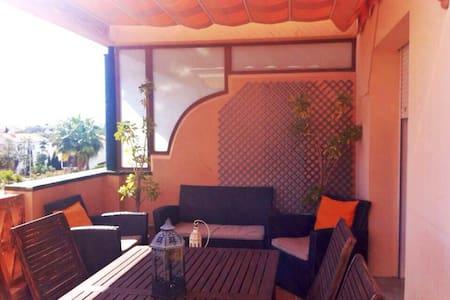 Wonderfull Apartment with sea views - Apartament