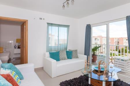 Penthouse Master Suite(bus 2 beach) - Lägenhet