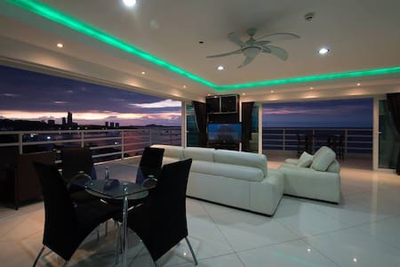 Pattaya VIP Apartment. - Huoneisto