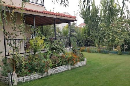 İzmir Kemalpaşa Dağ Evi - Chalet