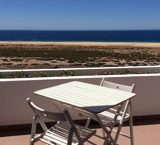 500 m to the beach sea sight studio (WiFi) - Apartment