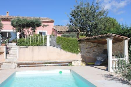 VILLA LAVANDE - AVIGNON - Provence - Rochefort-du-Gard