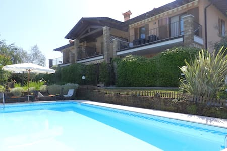 Res. Villa Maura Holiday Apartments - Huoneisto
