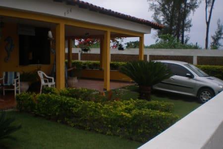 Super Casa em Araruama,Todos os Fim - House