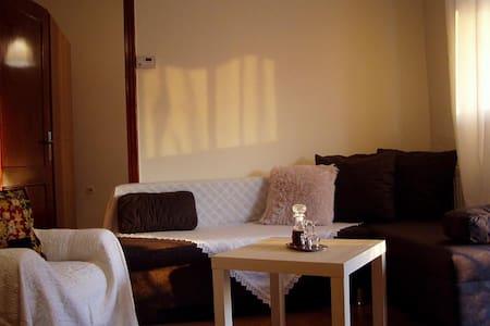 Friendly Sunny home - Thessaloniki, Stavroupoli - Apartmen