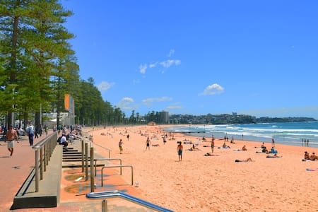 Manly Beach Side. Cosy Room in Friendly Apartment - Manly - Wohnung