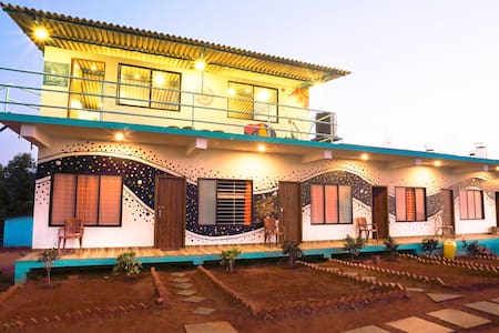 Hostel - 6 Bed Mixed AC Dorm - Gokarna - Bungalow