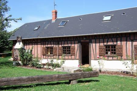 maison normande avec jardin - La Chapelle-sur-Dun - House