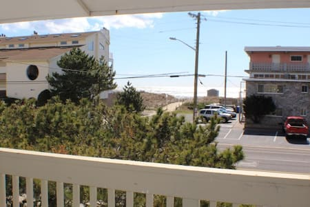 Beach Haven ...steps to beautiful Brigantine Beach - Kondominium