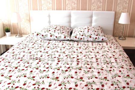 Большая 2x комнатная квартира в новом доме Уручье - Apartamento