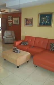 Habitación privada, cómoda - Kollégium