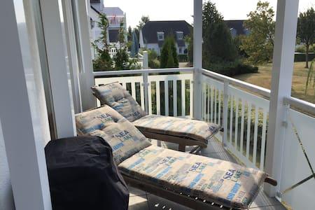 Ferienwohnung mit grosser Terrasse in Strandnähe - Nienhagen