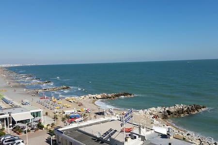 Misano (Portoverde) - App.to vista mare (2) - Misano Adriatico - Wohnung