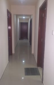 Fully Furnished rooms available - Apartment