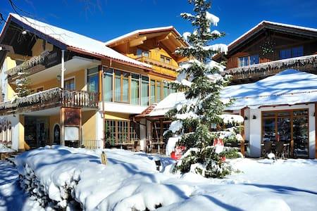 4* Landhotel Böld Oberammergau - Oda + Kahvaltı