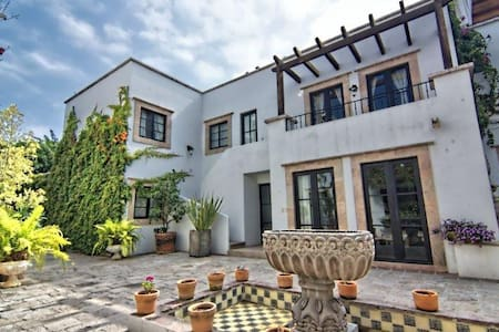 Turn key pied a terre perfection - Stadswoning