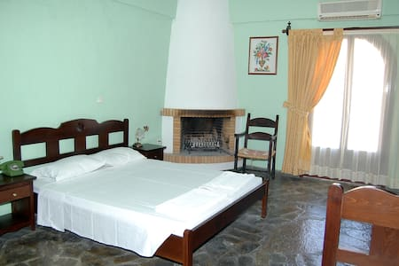 Arolithos Village-Double room - Tylissos