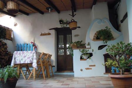 Appartamento nel centro storico di Galtelli, - Galtellì