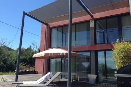 Design B&B - Avignon - Haus