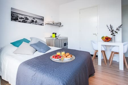 New and luxury studio-apt in Hilversum - Apartment
