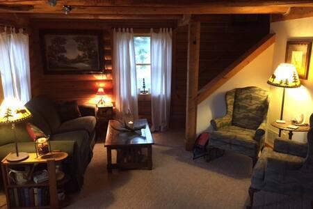 Allie's Cabin- Fisherman's Fantasy - Casa de campo