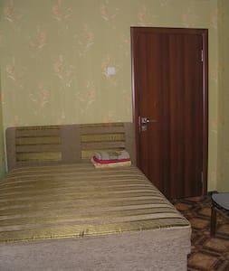 Сдам квартиру посуточно Днепр. - Flat