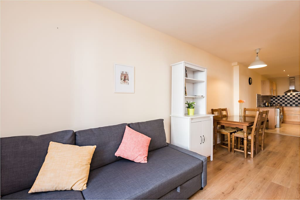 Great space for up to 6 people with specious living room and kitchen