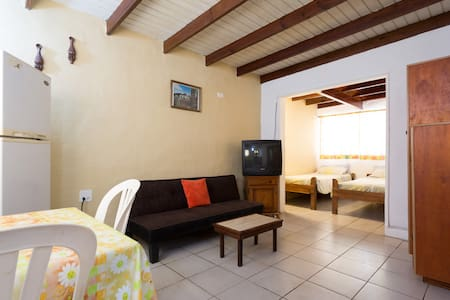Studio that sleeps up to 3 persons - Oranjestad - Pis
