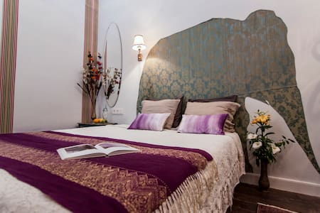 OLD CHOCOLATE FACTORY B&B ATLANTIS ROOM +bathroom! - Las Palmas de Gran Canaria - Bed & Breakfast