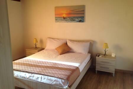 Stanza privata Trapani - Trapani - Bed & Breakfast