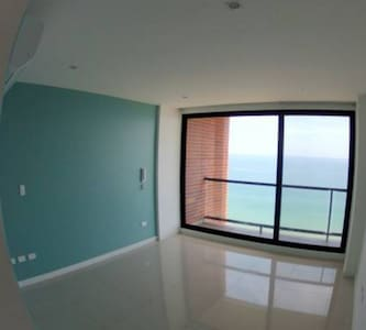 Beachfront/Oceanfront private rm in THE Penthouse! - Manta - Lägenhet