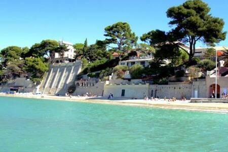 Séjour et vacances en bord de mer avec 6 couchages - Bandol - Departamento