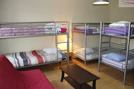 Picture of Elovution House Fink3 Right Room Bed1