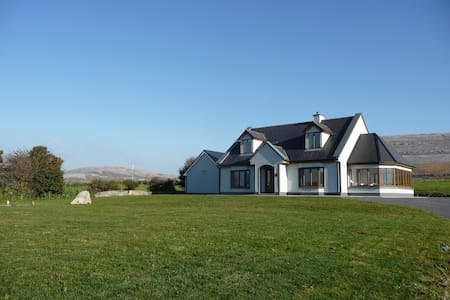 The heart of the Burren - Clare - House