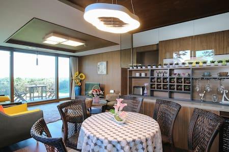 신축☆쉼팡1호 최고위치와 호텔보다 력셔리하고  편안한 여행쉼터~ - Beophwan-dong, Seogwipo-si - Casa