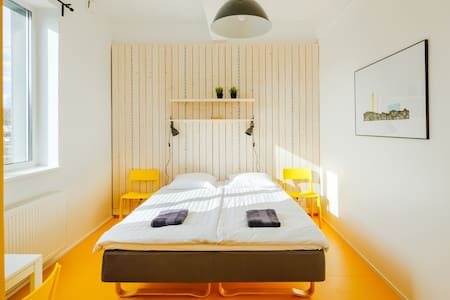 Hektor Design Hostels - a room in an apartment - Guesthouse