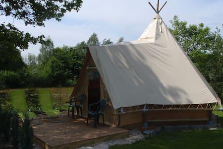 Cabane apache de la louvière - Cabin