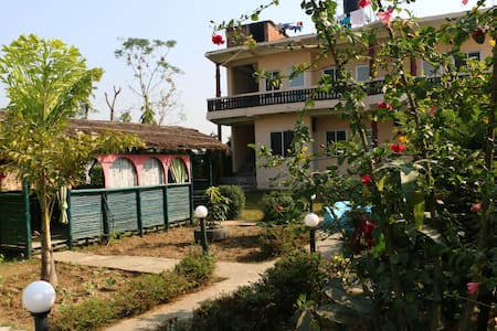 Garden of Dreams Chitwan - Ratnanagar - Bed & Breakfast