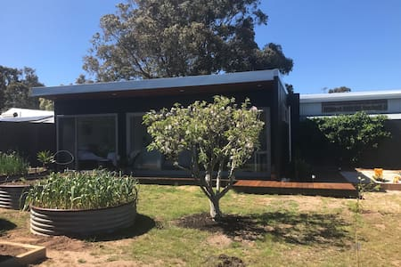 Sunny, self contained studio, MR - Margaret River - Dom