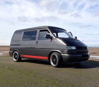 VW Campervan Rental - Campingvogn