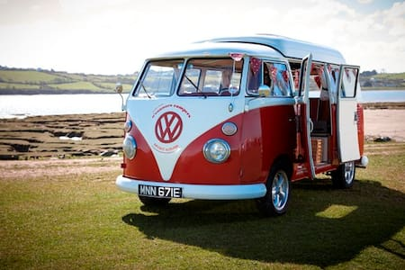 O'Connors Campers VW Campervan Hire - Camper/RV
