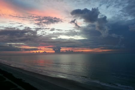 Direct Oceanfront Spectacular View! - Myrtle Beach - Condominium