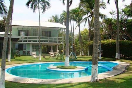 Villa Juyaba - Casa
