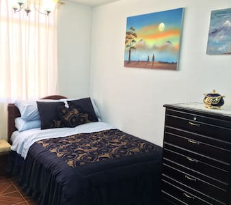 Quiet and beautiful Appartment - Riobamba - Apartamento