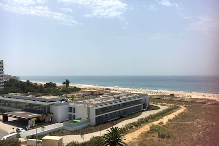 Apartment with beach and river view - Alvor - Apartemen