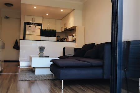 good location in northern beaches - Brookvale