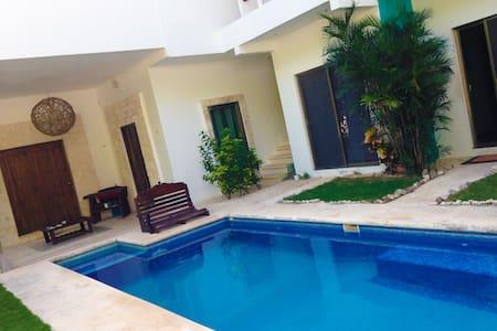 Casa Mantra Jungle Room - Apartment