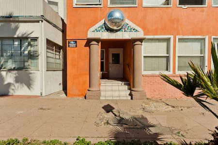 Charming Apt walk to beach & Abbot - Los Angeles - Apartment